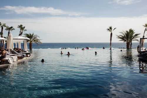 I always book a warm-weather escape around the holidays using points from the Hilton Aspire card. It's not too late for you to do the same if you start now