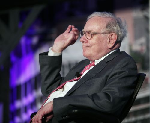 Warren Buffett bashes gold, says the 'magical metal was no match for the American mettle'