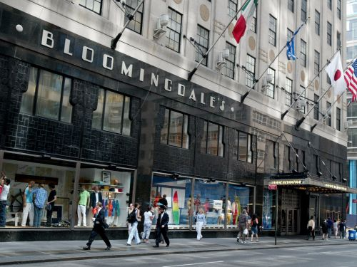 Bloomingdale's is moving in on Sears' home turf