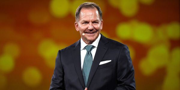 Billionaire investor Paul Tudor Jones famously earned a 4-year streak of triple-digit returns. Here are the 7 trading rules he lives by after suffering a devastating loss