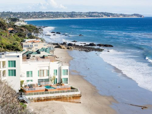 America's richest people buy homes in 'power markets' - here are the 17 most expensive and exclusive places