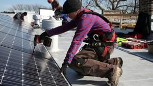 Energy-efficiency industry group presses for tax credits