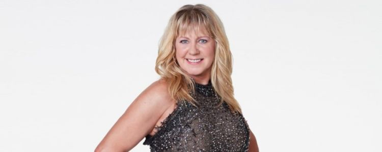 Dancing with the Stars: Tonya Harding and Sasha Farber Dance Glittering Viennese Waltz to 'The Time of My Life'