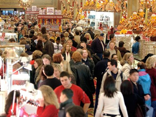 Disappointing photos of department stores during the holidays will make you want to shop online