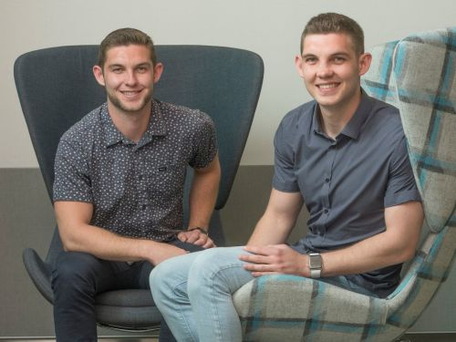 Both of these 21-year-old twins landed full-time jobs at Apple - here's how it happened, and their best interview advice