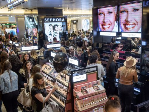 Sephora customers can now use multiple promo codes when they shop online. Here's what you should know before ordering
