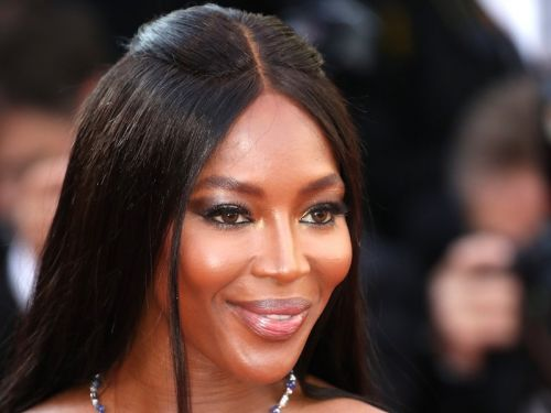 A video of Naomi Campbell's extreme airplane sanitation routine has gone viral, and an expert says she might be onto something