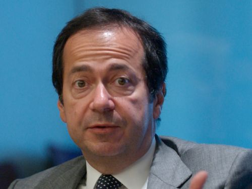 Billionaire investor John Paulson's hedge fund is 'rightsizing,' and a bunch of senior staffer are leaving