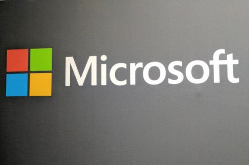Microsoft promises to help startups sell their products.if they're on Azure