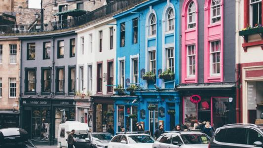 Short-term Rental Bookings Boom in the U.K. After Roadmap Announcement - PhocusWire