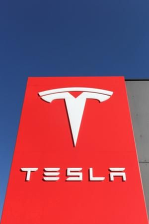 Tesla stock drops on report that the SEC has subpoenaed the automaker