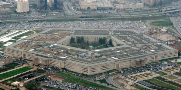The Trump administration quietly pushed out nearly a dozen prominent defense advisors after its Pentagon leadership purge