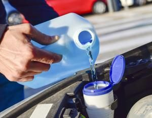 Motormouth: Adding stuff to windshield washer fluid: Good idea or not?