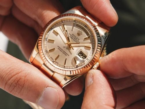 An online luxury watch marketplace is auctioning collectible vintage and used Rolexes for the holidays - and the potential savings are big