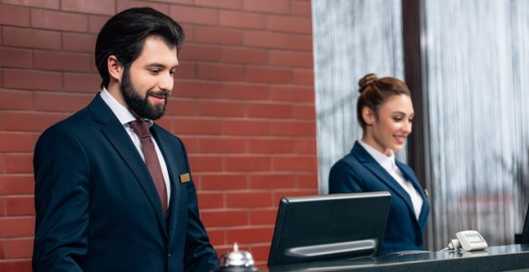 How Technology Can Help Retain Front Office Staff in Hotels