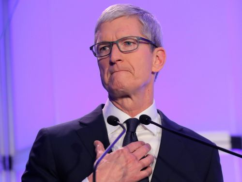 Apple's brutal sales warning sparked a Wall Street debate on whether tech stocks will be dragged into a disastrous downturn