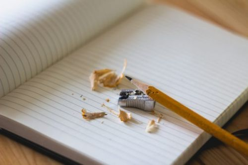 6 Writing Tricks to Combat Short Attention Spans