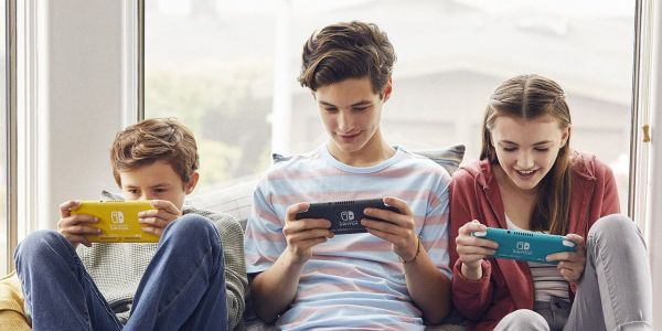 How to add friends in 'Minecraft' so you can build and explore your digital world together