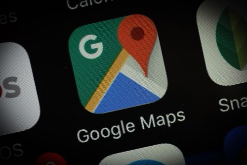 Google Maps will soon tell you when it's time to get off your train or bus