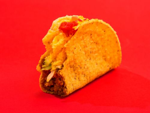We tried Del Taco's meatless Beyond Taco - and it revealed why vegan substitutes are sweeping fast food
