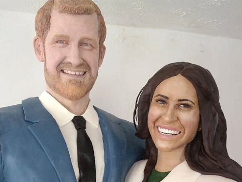 Meghan Markle and Prince Harry were turned into a life-sized cake by a British baker