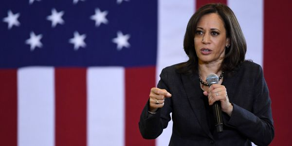 Kamala Harris just became the second 2020 Democrat to call for Trump's impeachment