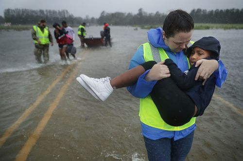 How to help Hurricane Florence victims: 10 things you can do right now