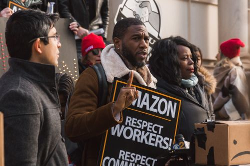 In solidarity with striking Amazon workers, some video game streamers on Twitch are going dark