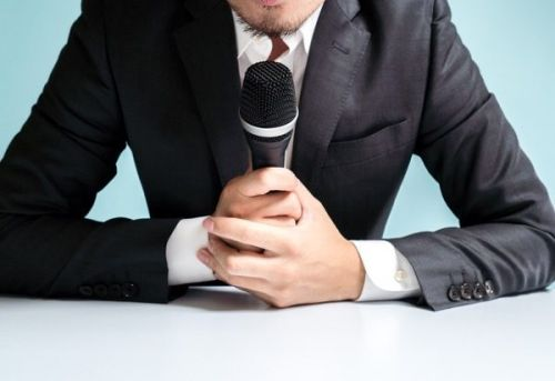 How to Grow Your Business Using Speaking Gigs