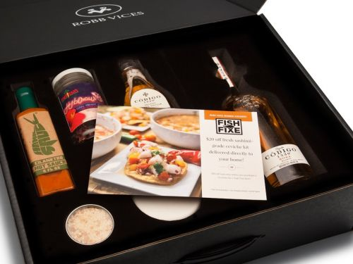 I tried Robb Vices, a luxury subscription box that's the perfect last-minute gift for men