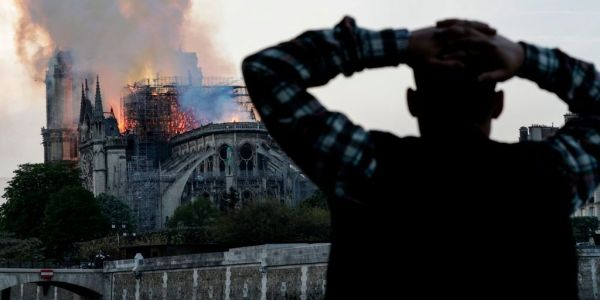 This timeline shows exactly how a huge fire engulfed the iconic Notre-Dame Cathedral in Paris