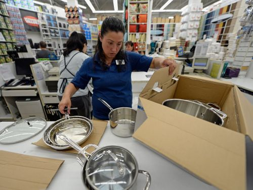 Bed Bath & Beyond explodes by more than 25% after activist investors attack