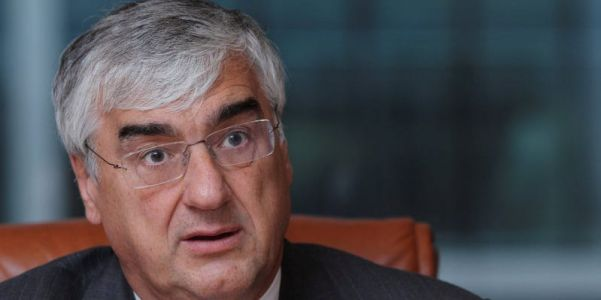Hedge-fund billionaire Michael Hintze steps up succession planning at his flagship fund after it su , report says