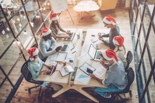 Let CRM Guide Your Holiday Season Sales Strategy with These 12 Steps