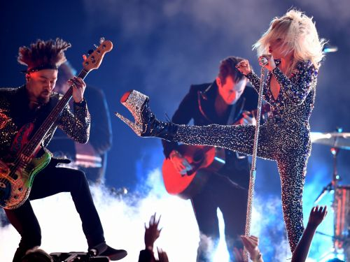 Lady Gaga tried to turn 'Shallow' into a rock song at the Grammys, and fans had mixed reactions