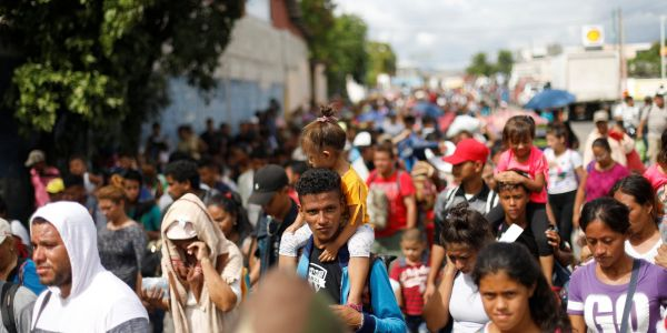 Why the caravan of 7,000 migrants is marching to the US border