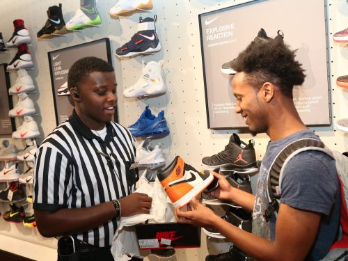 Foot Locker beats big on earnings