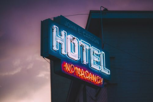 US Hotel Occupancy Drops 5.9 Percent to 53.5 Percent - Week Ending January 12th - 2019
