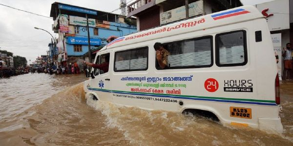 Photos show the destruction from flooding in the Indian state of Kerala, killing at least 350 people