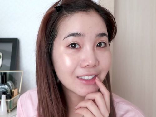 A Korean beauty expert reveals how she gets the 'glass skin' look the internet is obsessed with