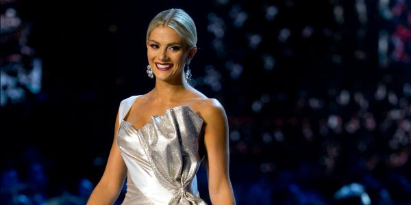 Miss USA apologized for her comments that people thought mocked two Asian Miss Universe contestants' English skills