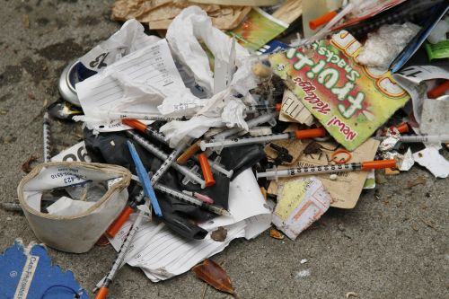 San Francisco's dirtiest street has an outdoor drug market, discarded heroin needles, and piles of poop on the sidewalk