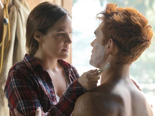 7 details you may have missed on the latest episode of 'Riverdale'