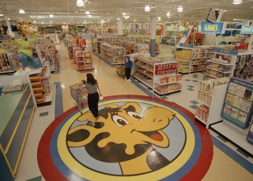 The US is at risk of becoming a 'demographic time bomb' - and it may have contributed to Toys R Us' demise