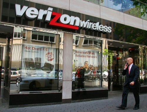 Net Neutrality advocates plan protests for December 7 at Verizon stores