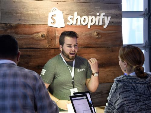 Shopify has a new service that can help merchants store, pack, and ship items like Amazon as 2-day shipping goes mainstream
