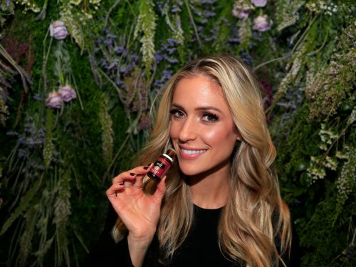 10 essential oils and the surprising ways experts recommend using them