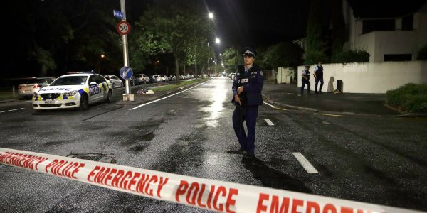Video of arrest just after New Zealand mosque shootings appears to show how a suspect was caught by police