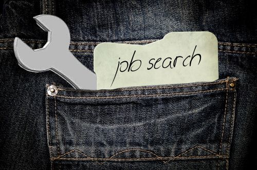 Thinking About Hitting the Brakes on Your Job Search This Holiday Season? Think Again