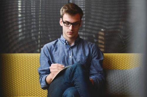 4 Questions Freelancers Should Ask Themselves Before Accepting a Gig